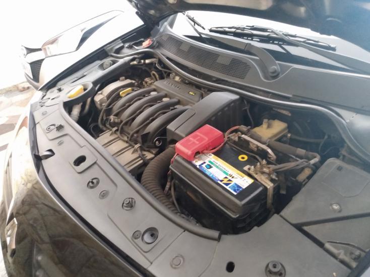 RENAULT Megane Sedan 1.6 16V 4P FLEX DYNAMIQUE, Foto 13