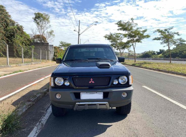 MITSUBISHI L 200 2.5 GLS 4X4 CABINE DUPLA TURBO DIESEL, Foto 7