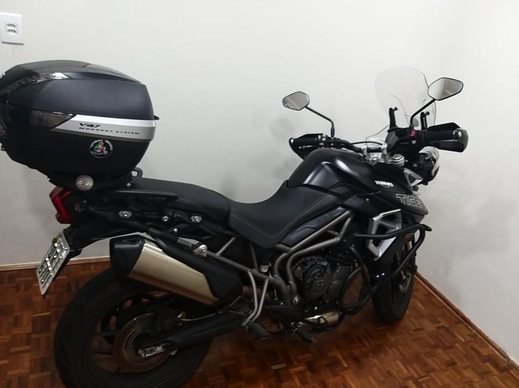 TRIUMPH Tiger 800 XRX L (LOW), Foto 1