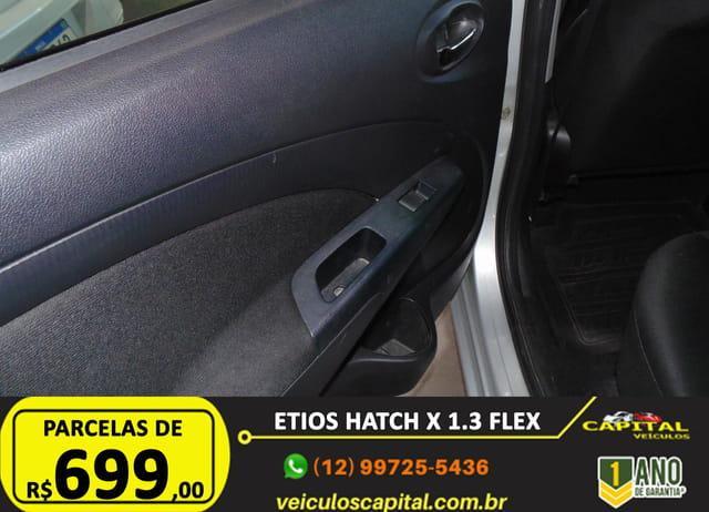 TOYOTA Etios Hatch 1.3 16V 4P FLEX, Foto 7