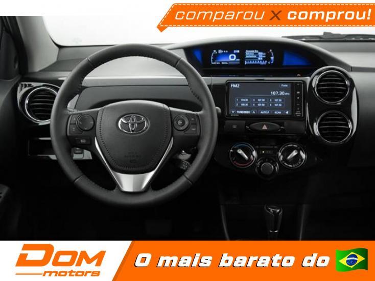 TOYOTA Etios Hatch 1.3 16V 4P FLEX X AUTOMÁTICO, Foto 2