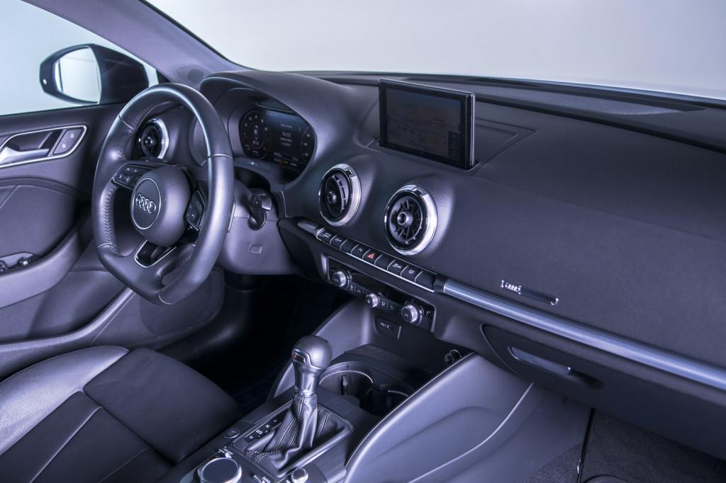 AUDI A3 Sedan 2.0 16V 4P TFSI PERFORMANCE BLACK S-TRONIC AUTOMÁTICO, Foto 7